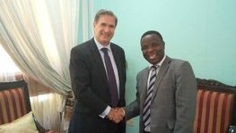Meeting between Ambassador Frédéric Clavier and the Vice-Chancellor of Dar Es (...)