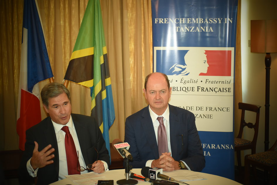 H.E Frédéric Clavier and Garry Friend, General Manager of Hyatt Regency in Dar es Salaam at the Goût de France press conference - JPEG